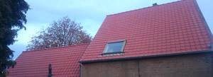 Pannendak en dakgoot vervangen in Roosendaal