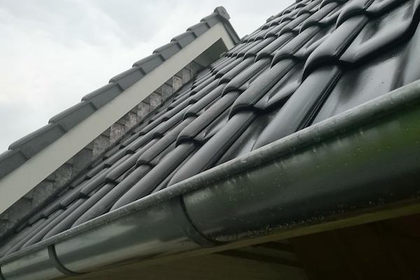 Lood dakdekkersbedrijfbreedt